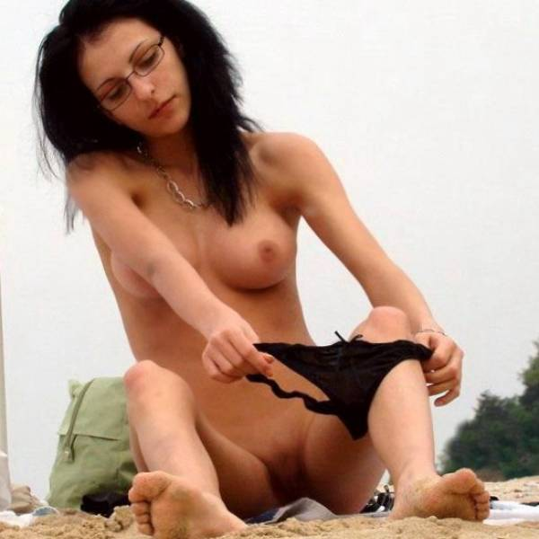 hot naked sophie moon